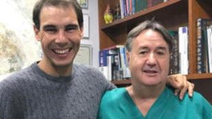Rafa Nadal y el doctor Ángel Martín
