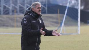 Paco Herrera, durante un entrenamiento.