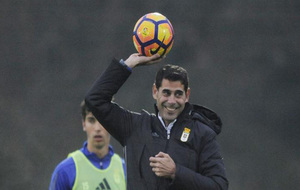 Fernando Hierro durante una sesión de entrenamiento
