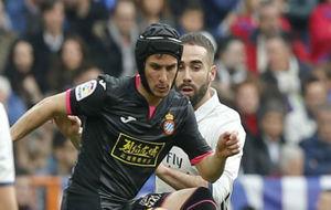 Piatti, en una acción contra el Real Madrid