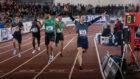 Husillos celebra la victoria en los 400 metros.