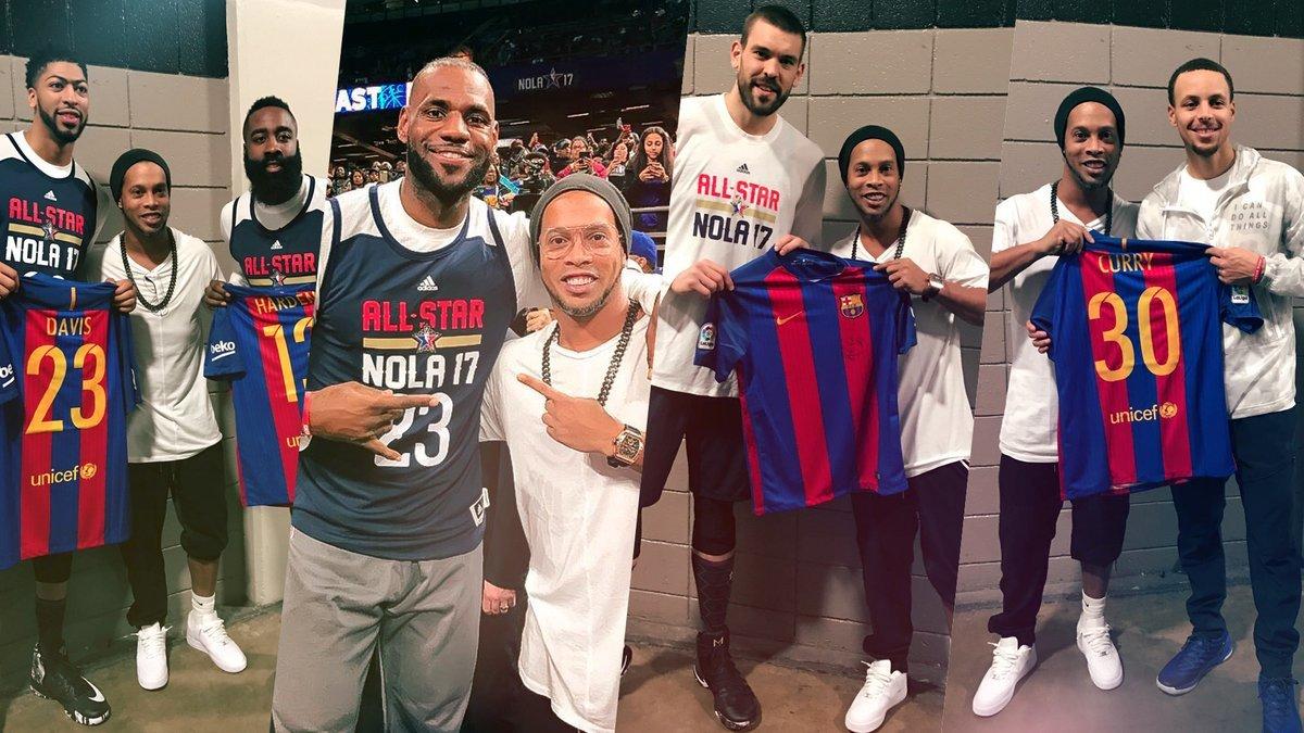 Ronaldinho representó al Barcelona en el All Star Game de la NBA