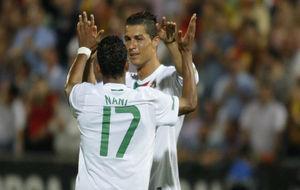 Cristiano y Nani con Portugal