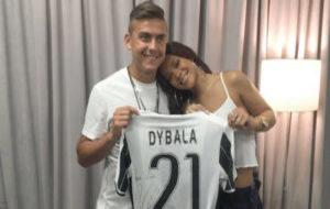 Rihanna y Paulo Dybala