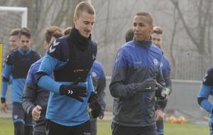 Deyverson, durante un entrenamiento con el Alavés.