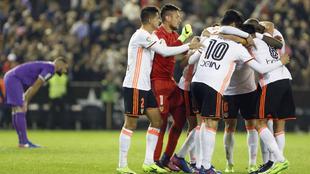 El Valencia se aleja de los puestos de descenso y se lleva una gran...