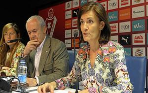 Amaia Gorostiza, actual presidenta del Eibar, durante una...