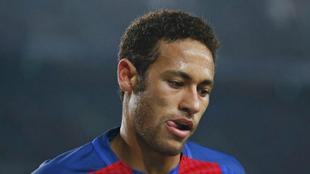 Neymar, serio en el partido contra el Leganés.