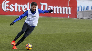Diego Reyes, en un entrenamiento del Espanyol.