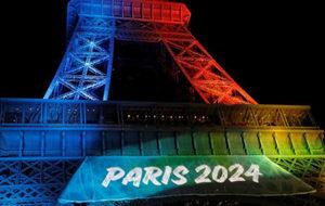La Torre Eiffel, con el logo de parís 2024