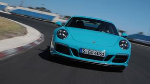 Al volante del Porsche 911 GTS 2017
