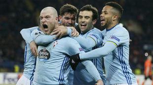Jugadores del Celta de Vigo celebrando el definitivo 0-2