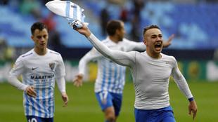 Javier Ontiveros celebrando un gol con el Málaga durante esta...