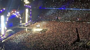 Aspecto del Calderón durante un concierto de AC/DC