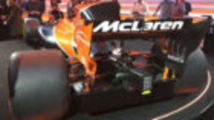 El nuevo McLaren MCL32 durante la presentación