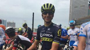 Carlos Verona, en la salida de la etapa en Abu Dabi.