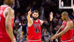 Nikola Mirotic (Bulls) celebrando una de sus canastas en Cleveland...
