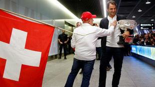 Federer, con la bandera suiza