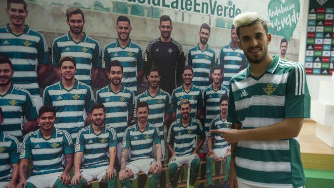 Liga Santander  El Betis vestirá con camiseta de rayas horizontales ... 78b122eb9aa52