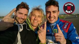 David Bisbal, Jes�s Calleja y Fernando Alonso, en el circuito de...