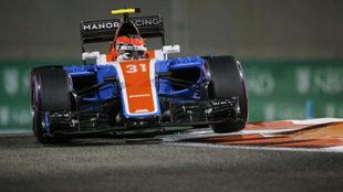 Esteban Ocon (FRA) con el Manor Racing MRT05 en su �ltima cita de Abu...