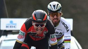 Van Avermaet y Sagan, en el final del Circuito Het Nieuwsblad 2017.