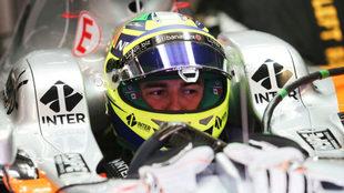 Checo, durante las pruebas en el circuito de Montmel�.