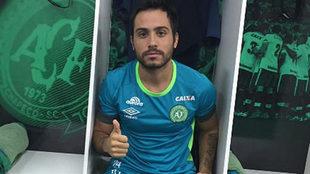 Martinuccio posa en el vestuario del Chapecoense.