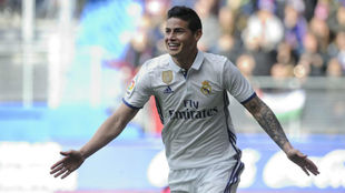 James celebra su gol ante el Eibar en Ipurua