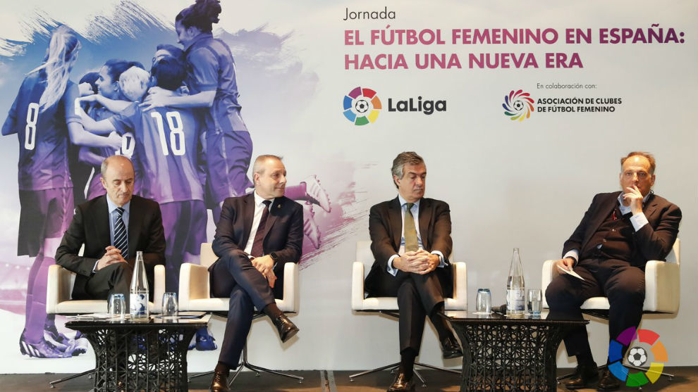Luis Gómez, Agustín Martín, Francisco V. Blázquez y Javier Tebas,...