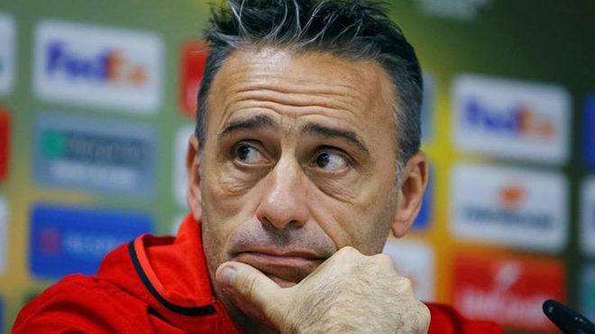 Paulo Bento en rueda de prensa.