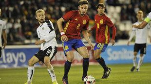 Saúl en el partido de clasificación para la Eurocopa Sub'21...