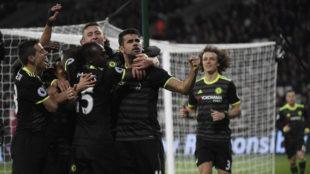 Diego Costa celebra su gol al West Ham.