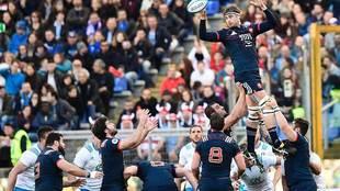 El segunda francés Julien Ledevedec conquista una 'touche'...