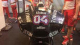 El nuevo carenado de Ducati destaca por sus grandes entradas de aire.