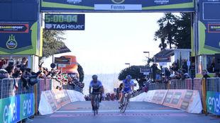 Sagan consigue su segunda victoria en la Tirreno-Adri�tico.