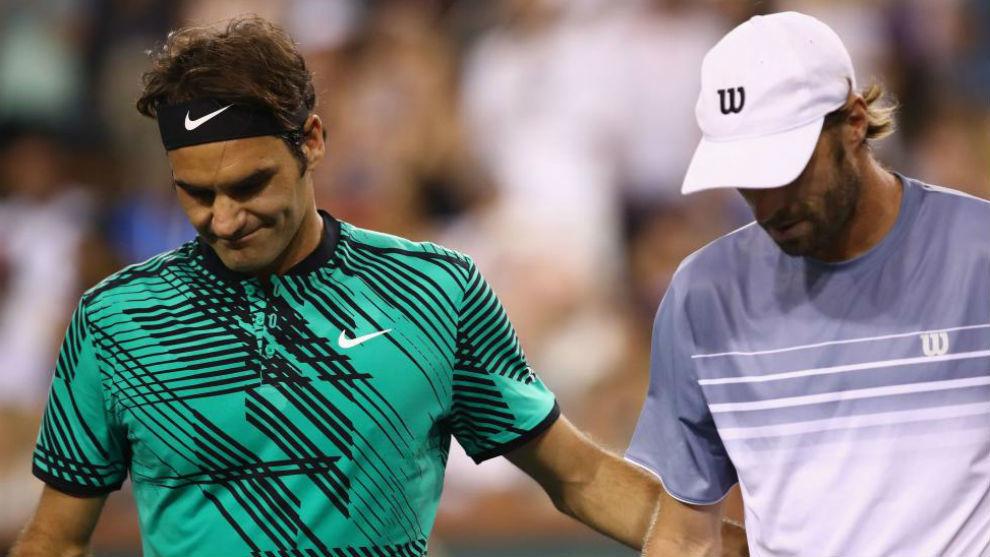 Federer, con Robert en la red