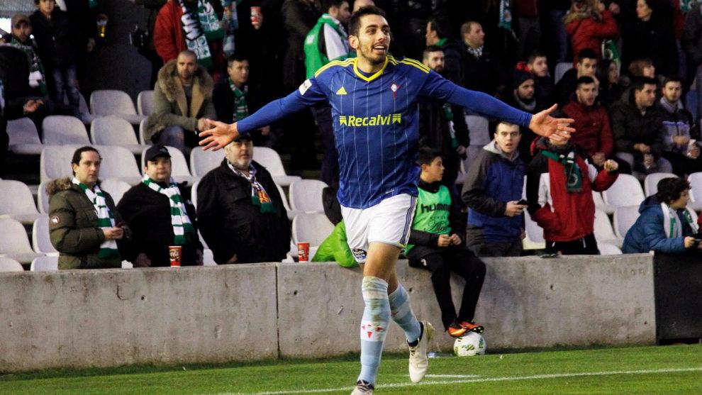 Borja Iglesias celebra un gol conseguido esta temporada.