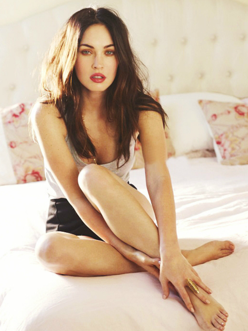 babe naked megan fox