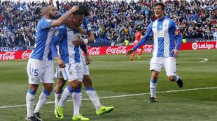 Los pepineros celebran el gol del triunfo frente al Granada CF