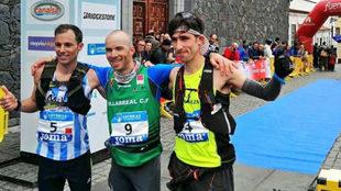 El podio masculino: Dani García, Miguel Caballero y Pablo Villa.
