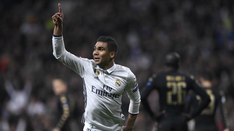 Casemiro celebra un gol esta temporada