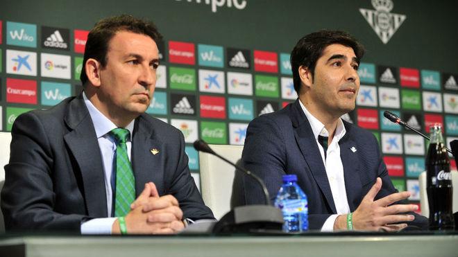 López Catalán y Haro, en la rueda de prensa de este lunes.