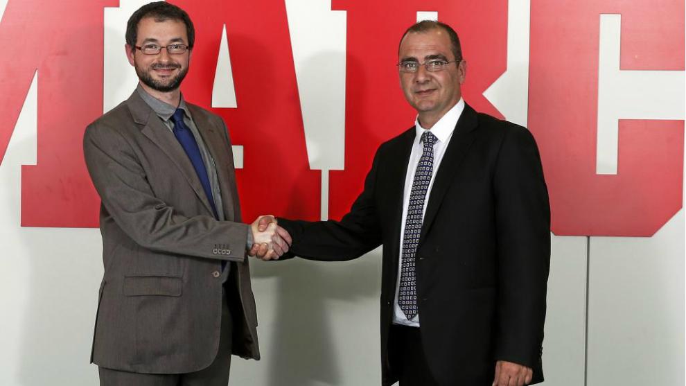 Víctor Martínez Patón y Juan Ignacio Gallardo sellan el acuerdo de...