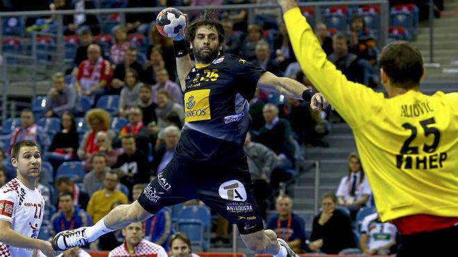 Antonio García, en un partido con la selección española en el...