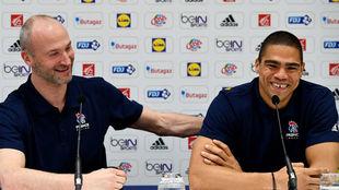 Omeyer y Narcisse, en la rueda de prensa en la que han anunciado su...