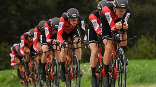 El equipo BMC durante la contrarreloj por equipos