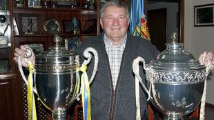 Presidente federación asturiana fútbol, Maximino Martínez