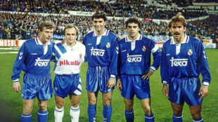 De izquierda a derecha: Butragueño, Pardeza, Mïchel, Sanchís y...