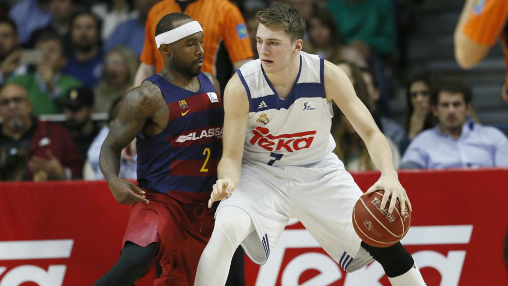 Luka Doncic ante Tyrese Rice